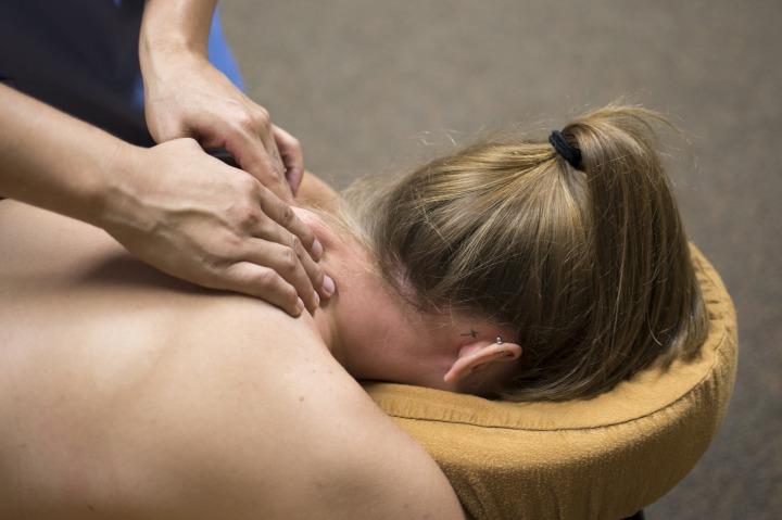 massage-2333200_1920