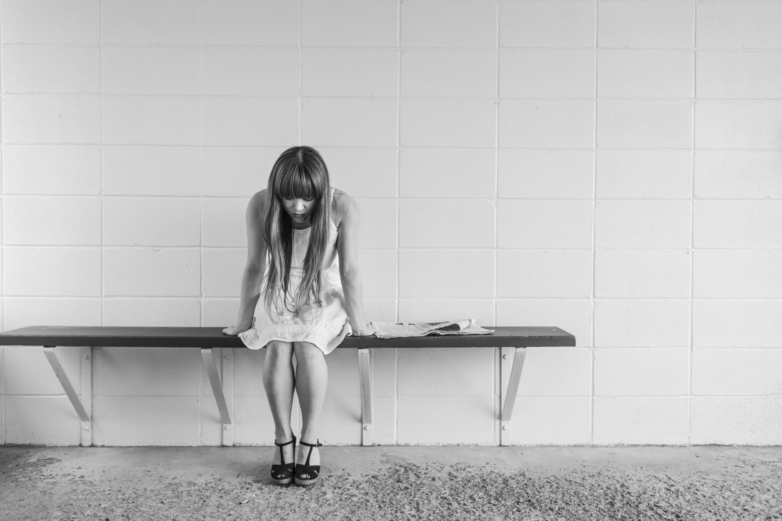 worried-girl-413690.jpg